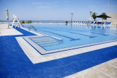 pool-with-a-view-of-the-red-sea_13292357774_o